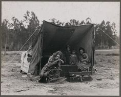 dorothea lange first of six shots Migrant mother