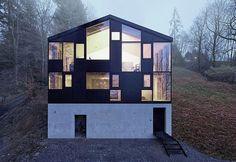Hause Hohlen by Jochen Specht