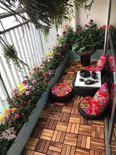 Small Balcony Design, Small Balcony Garden, Small Balcony Decor, Indoor Garden, Outdoor Balcony, Small Balconies, Balcony Plants, Balcony Ideas, Apartment Balcony Garden