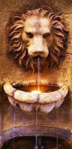 artesian-well-with-lions-face.jpg (232×477)
