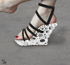 Holey high heel sandals | 3dshare