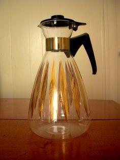 Vintage coffee pot tea pot carafe pyrex atomic by Artcapades, $15.00