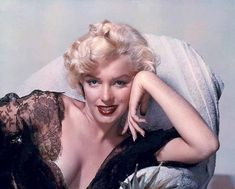 @ethan1960/movie / Twitter Close Up, Close Image, Nickolas Muray, Marilyn Monroe Fotos, Love Vintage, Vintage Glam, Vintage Beauty, Fritz Lang, Glamour