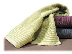 Toallas de algodón orgánico, una alternativa ecológica: Otra característica de estas modernas toallas es que su color es ciento por ciento natural, o sea que no se tiñen. http://www.casablanqueria.com/bano/toallas-de-algodon-organico/ http://www.blanqueria.net/toallas/toallas-algodon.html
