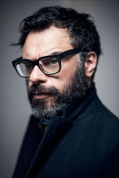 """ Sassy little Hobbit Jemaine Clement is set to star alongside Stanley Tucci and Asa Butterfield (the latter replacing Kodi Smit-McPhee) in Croak, the first live-action movie from Oscar-nominated. Live Action Movie, Action Movies, Kodi Smit Mcphee, Alison Pill, Jemaine Clement, Flight Of The Conchords, Asa Butterfield, Taika Waititi, Boy Pictures"