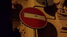 Sign in Florebce, Italy. CLET I guess