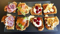 Vafler er det nye brødet - Vektklubb  - brie, valnøtter, honning  - bringebær og vaniljekesam  - sennepssaus, avokado/salat, røkalaks  - kremost, pepperskinke, rødløk