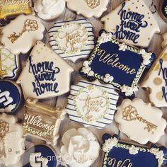 Navy, Ivory and Gold Open House Cookies. Perfect treats for Realtors to welcome … Sponsored Sponsored Navy, Ivory and Gold Open House Cookies. Perfect treats for Realtors to welcome clients into their dream home. Made by Sifts and Giggles Iced Cookies, Cute Cookies, Royal Icing Cookies, Sugar Cookies, Housewarming Party Favors, Welcome Home Parties, Cookie House, Festa Party, Cookie Designs