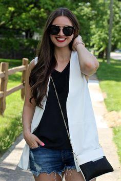 La Mariposa Blog Summer Style: Sleeveless White Blazer with Distressed Denim Shorts