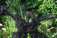 Wire/Steel Boxing Hares, life size sculpture by emmawalkersculpture.com