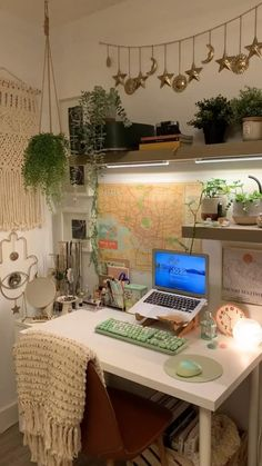 Room Design Bedroom, Room Ideas Bedroom, Diy Bedroom Decor, Bedroom Inspo, Cool Bedroom Ideas, Comfy Room Ideas, Indie Room Decor, Aesthetic Room Decor, Aesthetic Bedrooms
