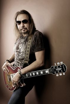 Ace Frehley-Kiss and Frehley's Comet..........