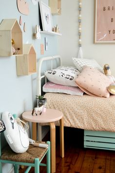 Gir'ls room