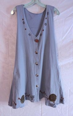 Love my green one! Wouldn't have minded one in blue.... Twirly OSFA vintage vest.