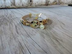 ♡ these... panter/ ster/ goud.  #leeuw-design
