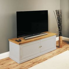 Chadwick Satin Lacquered Oak Widescreen TV Cabinet With Doors     TV Unit    Baumhaus   Space U0026 Shape   1