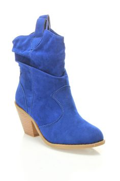 love these blue cowgirl boots!!!