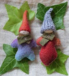 "DIY Waldorf Pocket Dolls (I would love to add wings and make them ""fairies"" for my daughter.)"