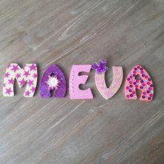prnom maeva en bois rose violet fleur papillon