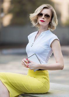 Letnia, kobieca, elegancka stylizacja - żółta spódnica ołówkowa Pretty One…