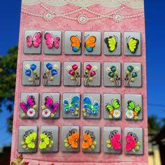 Nenhuma descrição de foto disponível. Tulip Nails, Nail Art Designs, Stickers, Floral, Photo And Video, Pasta, Nail Stickers, White Nail Beds, Nail Jewels