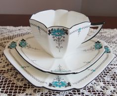 C1927 Lovely Shelley Queen Anne Trio 'Turquoise Daisy' 11697 #Shelley #cupsaucerplatetrio