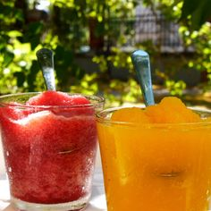 Erfrischender Slush selbst gemacht - My list of the most healthy food recipes Smoothies, Smoothie Recipes, Slushies, Lemonade Slushie, Strawberry Lemonade, Summer Drinks, Cocktail Recipes, Food Videos, Lifehacks