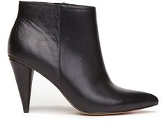 Update your ankle boot game in the RIKO – a cool, pointy toe mid heel that adds edge to any all black ensemble. Details DV by Dolce VitaUpper100%...