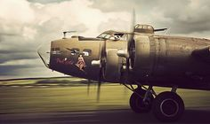 """""""The Pink Lady"""" B17 Flying Fortress"""