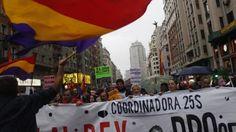 Manifestación JaqueAlRey . Miles de personas se movilizaron en contra de la Monarquía (Video)
