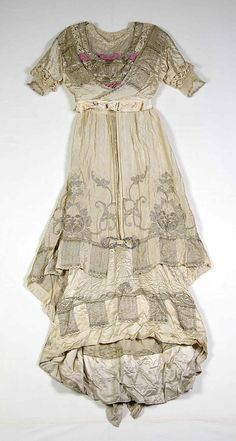 Evening dress Callot Soeurs (French, active 1895–1937) Designer: Madame Marie Gerber (French) Date: 1914 Culture: French Medium: Silk, metallic Credit Line: Brooklyn Museum Costume Collection at The Metropolitan Museum of Art, Gift of the Brooklyn Museum, 2009; Gift of the estate of Mrs. William H. Crocker, 1954 Accession Number: 2009.300.6812a, b