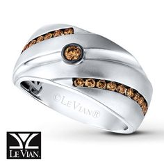 Le Vian® Men's Band in Vanilla Gold® with 5/8 ct tw Chocolate Diamonds®.