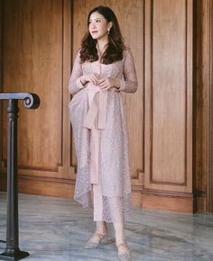 Discover recipes, home ideas, style inspiration and other ideas to try. Kebaya Lace, Kebaya Dress, Hijab Dress, Casual Formal Dresses, Simple Dresses, Pretty Dresses, Batik Dress, Lace Dress, Kebaya Modern Dress
