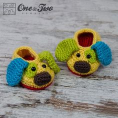 Scrappy the Happy Puppy Slippers - Baby Sizes - Crochet Pattern ~ easy/intermediate levels ~ sizes mos up to mos. ~ PURCHASED pattern - CROCHET - love it Booties Crochet, Crochet Baby Booties, Knit Crochet, Crocheted Baby Hats, Crochet Crafts, Yarn Crafts, Crochet Projects, Baby Patterns, Knitting Patterns