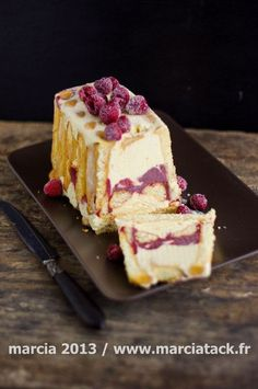 An iced charlotte recipe that will quickly become your favorite recipe such … - Recipes Easy & Healthy Thermomix Desserts, Köstliche Desserts, Frozen Desserts, Summer Desserts, Delicious Desserts, Yummy Food, Sweet Recipes, Cake Recipes, Dessert Recipes