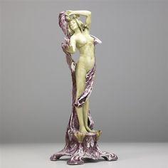 Nude figurine by Amphora Werke Reissner
