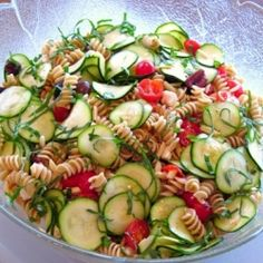 Zucchini and Pasta Salad - an easy vegetarian make-ahead side dish for entertaining or to take to a potluck!