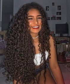hairstyles hairstyles up and down hairstyles on natural hair curly hairstyles for quinceaneras to easy curly hairstyles hairstyles tied up hairstyles quick weave curly hairstyles Long Curly Hair, Curly Girl, Hair Inspo, Hair Inspiration, Coiffure Hair, Cute Curly Hairstyles, 1950s Hairstyles, Men's Hairstyle, Natural Hair Styles