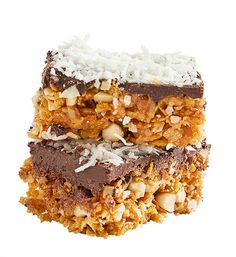 Chocolate, almond and coconut bars: The perfect size for a snack, you'll raise the bar with crunchy nuts, flaked coconut and crispy cornflakes. Yum!