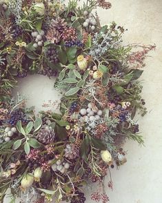 80+ Beautiful Christmas Wreath Ideas · Brighter Craft