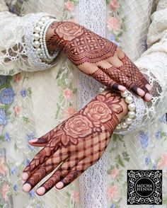 Are you looking for some fascinating design for mehndi? Or need a tutorial to become a perfect mehndi artist? Rose Mehndi Designs, Latest Arabic Mehndi Designs, Latest Bridal Mehndi Designs, Henna Art Designs, Mehndi Designs 2018, Mehndi Designs For Girls, Modern Mehndi Designs, Dulhan Mehndi Designs, Mehndi Design Pictures