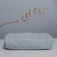 Sling Studio Bracken Snowflake Wrap (linen)