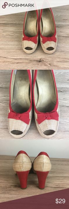 Red and cream straw heel shoes Gently used. Clean shoes. Smoke free home AEROSOLES Shoes Heels