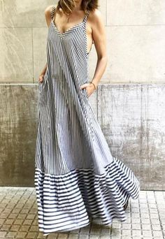 Ultimate halter neck black and white striped spaghetti strap summer maxi dress Trendy Dresses, Nice Dresses, Casual Dresses, Summer Dresses, Summer Maxi, Awesome Dresses, Formal Dresses, Boho Outfits, Casual Outfits