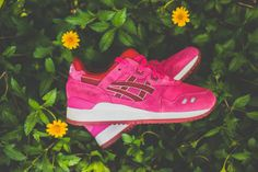 "ASICS Women's Gel Lyte III ""Raspberry"""
