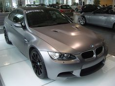 BMW Individual fertigt M3 E92 in Frozen Grey Metallic