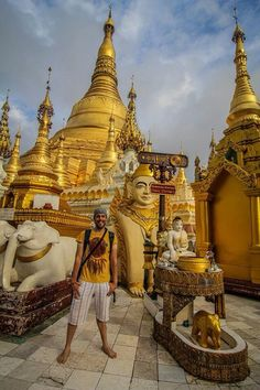Viajar a #Myanmar y no entrar en ningún templo budista es como ir a España y no probar el jamón serrano #myanmartrip
