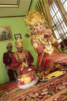 Cacapan cacapan  Tradisi ritual dalam. Pernikahan adat Palembang yang selalu terjaga dari generasi ke generasi #traditionalwedding #palembang #aesangede #hasiljepretanku