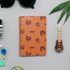 Oohlala Tabom classic passport cover holder ver.3 - fallindesign