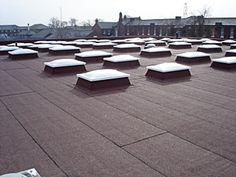 5 Interesting Tips AND Tricks: Flat Roofing Systems roofing light interiors.Roofing Colors How To Pick metal roofing fireplaces. Roofing Felt, Steel Roofing, Tin Roofing, Tesla Roof, Garden Jacuzzi Ideas, Asphalt Roof Shingles, Roofing Shingles, Roof Ceiling, Fibreglass Roof